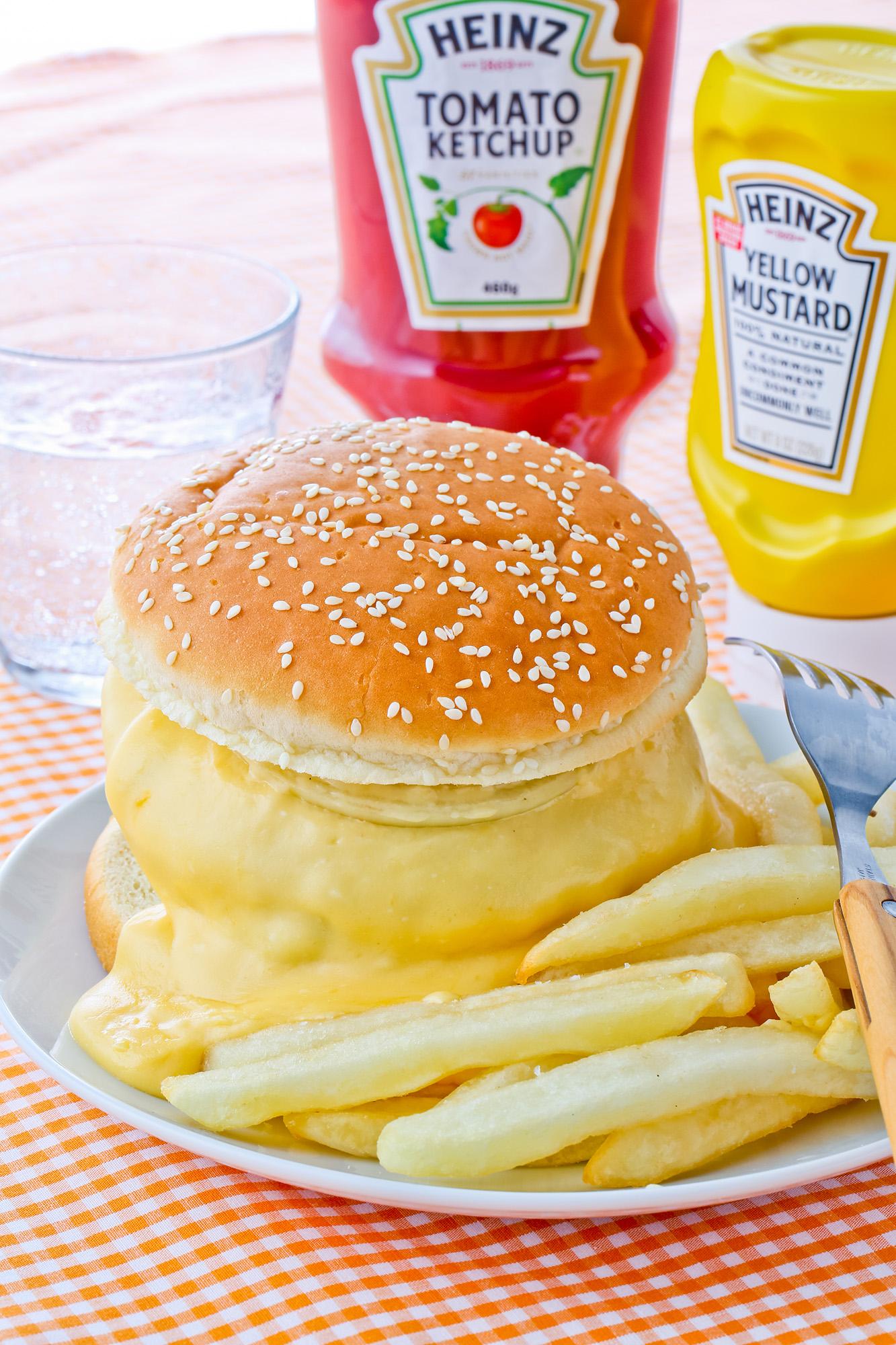 チーズ バーガー コストコ
