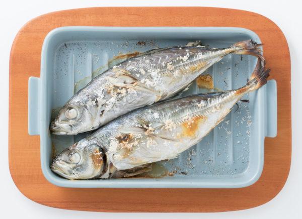 4.魚焼きグリルでつくる「アジの塩焼き」のグリラーレシピ