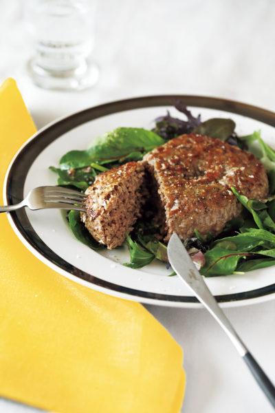 コストコの合挽肉を切って焼くだけの簡単ハンバーグ