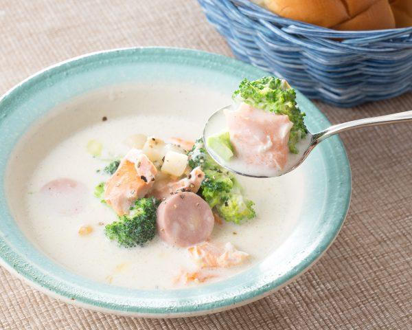 コストコのサーモンアレンジレシピ、フィンランド風スープ