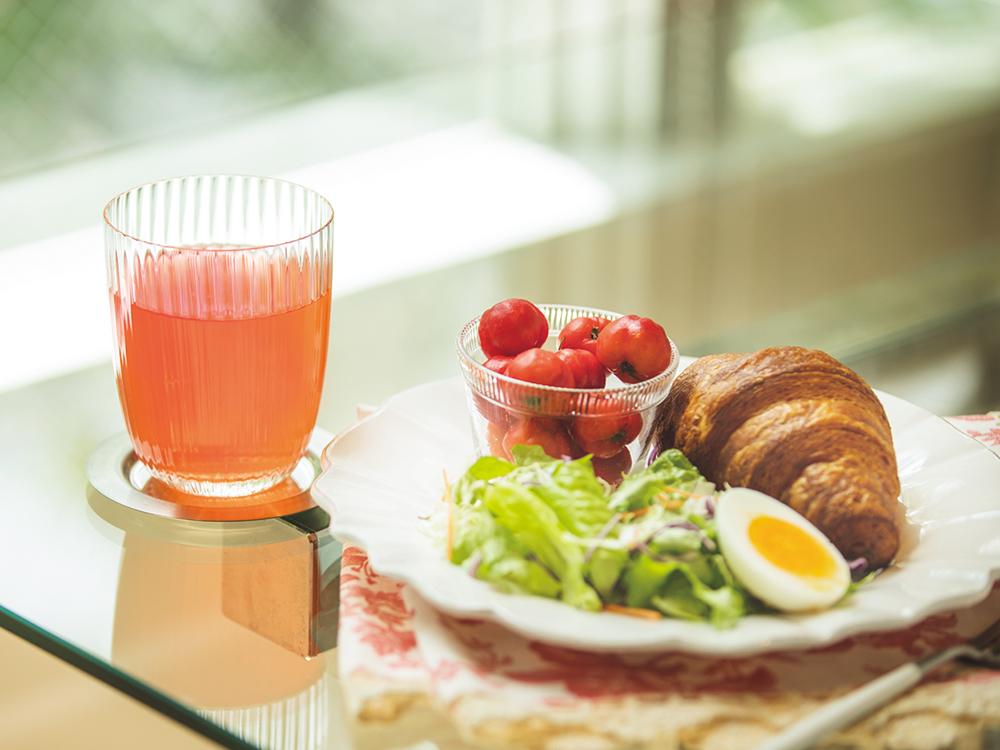 アセロラジュースで朝食