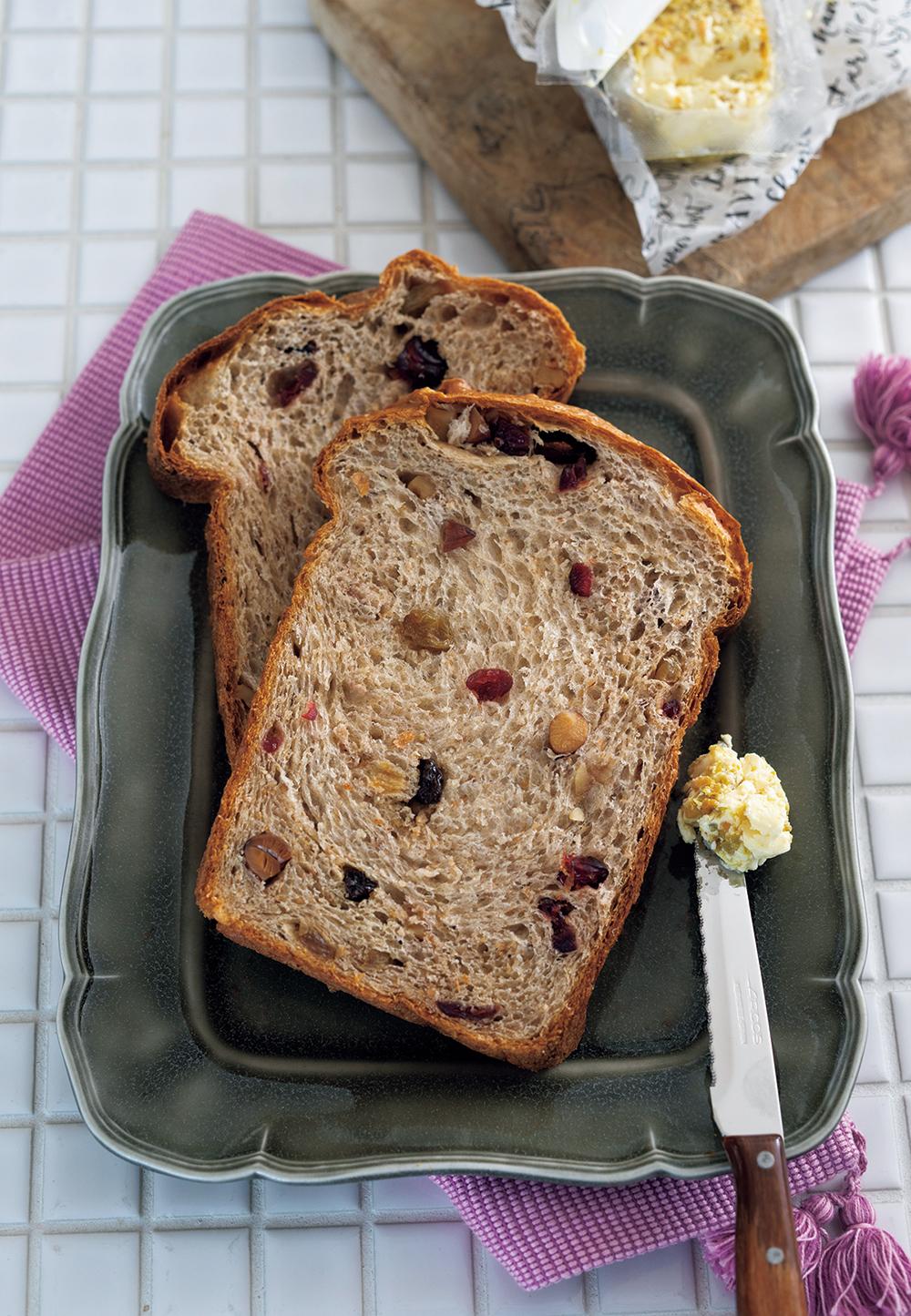 プロテインたっぷり全粒粉生食パン